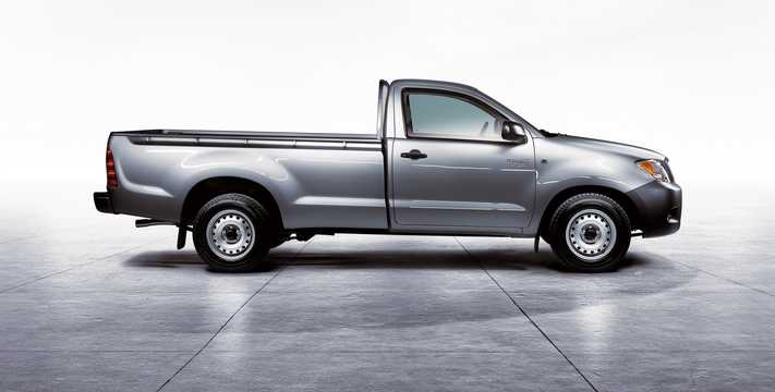 2005 toyota hilux owners manual