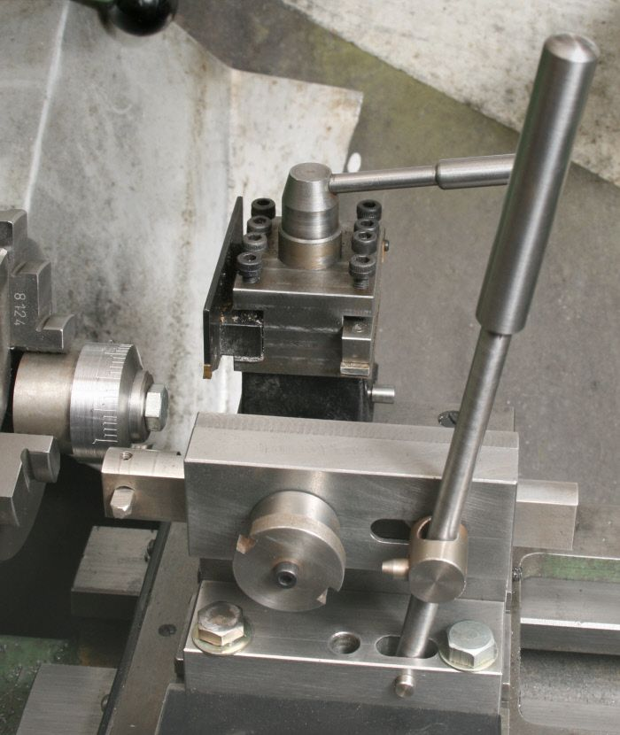 screw cutting on a lathe manual