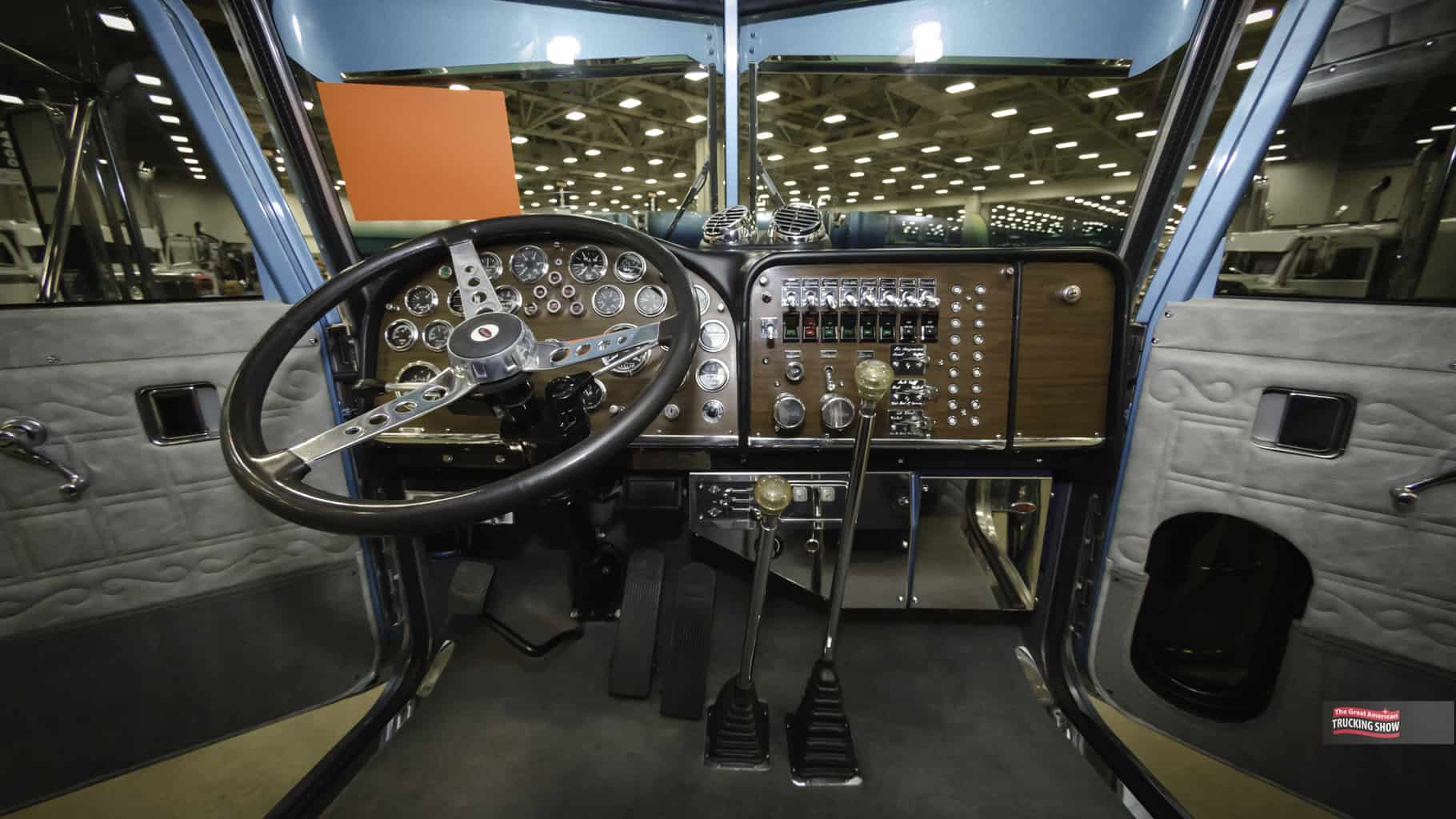 what trucks still have manual transmissions